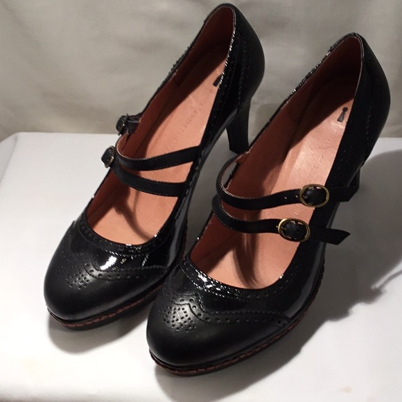 e2acd607ae1 Anthropologie Shoes - Classy Schuyler and Son Mary Jane leather shoes